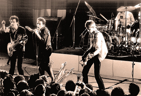 The Clash – 1980 – Nights At The Roundtable