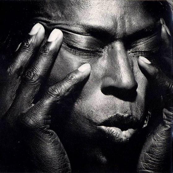 Miles Davis Quintet – Live At Salle Pleyel, Paris – 1969 – Past Daily Downbeat