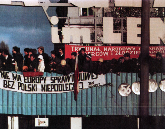 Solidarity In The Balance – December 14, 1981