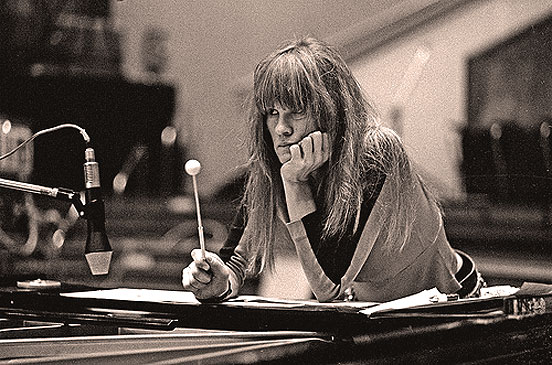 Carla Bley – Christmas In Berlin -2008 – Past Daily Downbeat