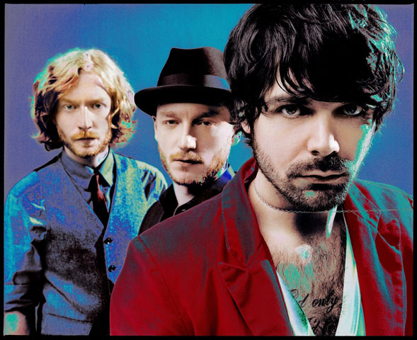 Biffy Clyro – Live At Glastonbury 2011 – Nights At The Roundtable: Mini-Concert Edition.