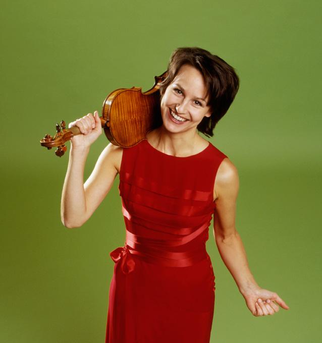 Rèka Szilvay And Heini Kärkkäinen Play Music of Beethoven And Janacek – Past Daily Mid-Week Concert.