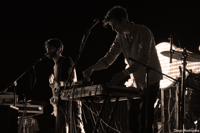 Vimes – Live At Bi Nuu, Berlin – 2013 – Nights At The Roundtable: Mini-Concert/Rock Without Borders Edition