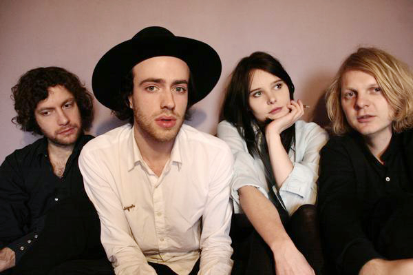The Veils – Live At 3voor12 – Nights At The Roundtable: Mini-Concert Edition.