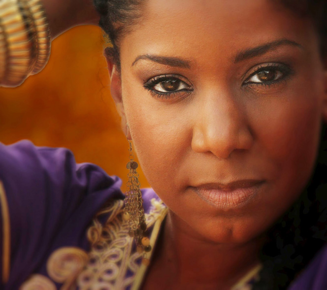 Nancy Vieira – Live At Africa Festival 2013 – Nights At The Roundtable: Festival Edition