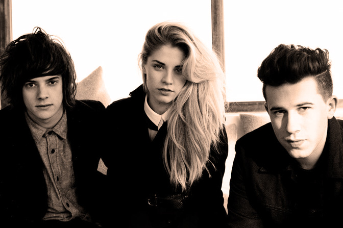 London Grammar – In Session – 2013 – Nights At The Roundtable: Rising Stars Edition
