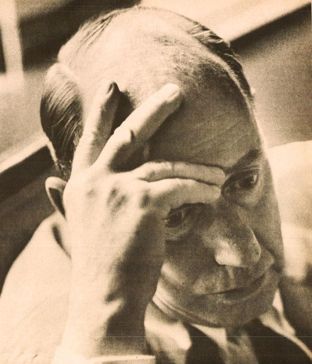 July 19, 1965 – Farewell To Adlai – Vietnam Escalates