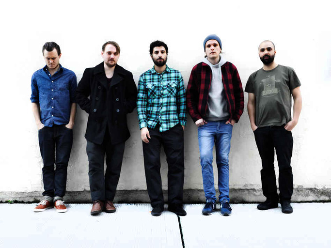Junip – In Concert At Route Du Rock 2013 – Nights At The Roundtable: Rock Without Borders/Festival Edition