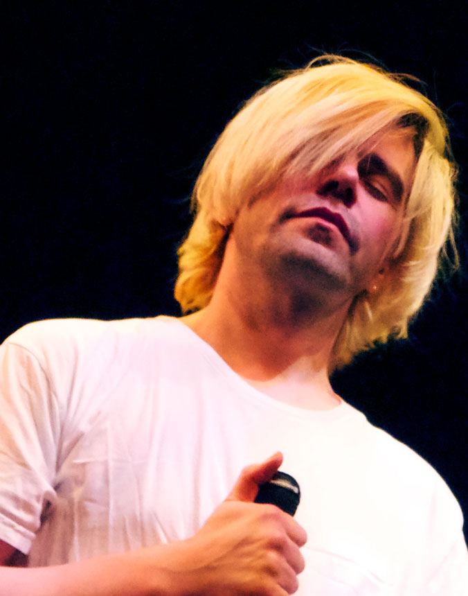 Tim Burgess – Live At Glastonbury 2013 – Nights At The Roundtable: Festival Edition