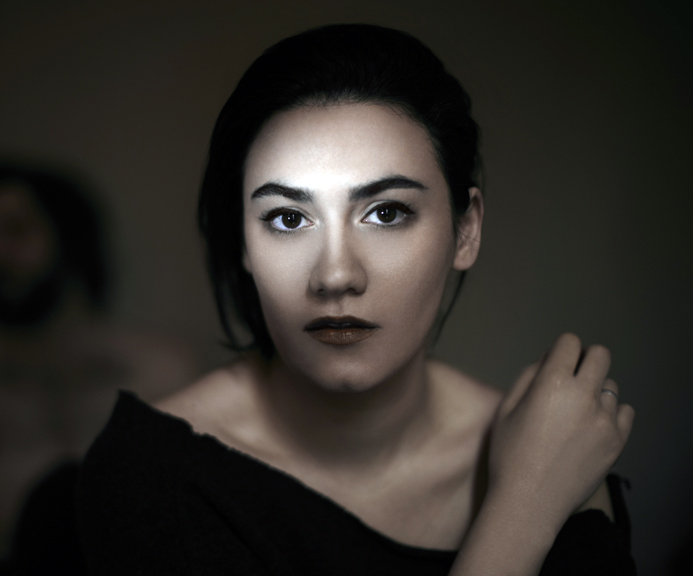 Nadine Shah – In Session At The Great Wide Open 2013 – Nights At The Roundtable: Rock Without Borders/New Faces Edition