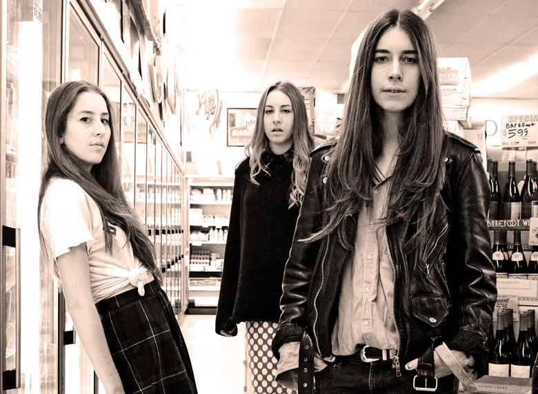 Haim – Live At Glastonbury 2013 – Nights At The Roundtable – Festival Edition