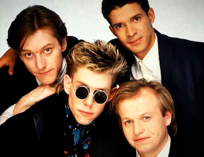 Level 42 – In Concert – 1986 – Nights At The Roundtable: Concert Edition