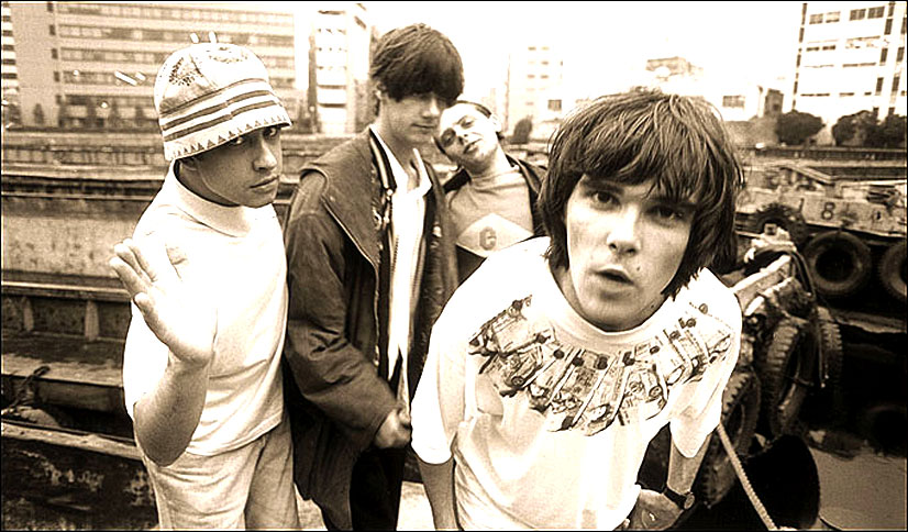 Stone Roses In Concert – 1995 – Nights At The Roundtable: Mini-Concert Edition