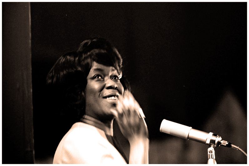 Sassy Speaks – A Chat With Sarah Vaughan – 1974 – Past Daily Weekend Reference Room