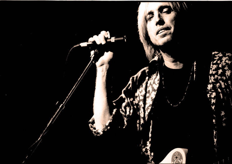 Tom Petty & The Heartbreakers – Live At Oxford Poly – 1980 – Nights At The Roundtable: Mini-Concert Edtion