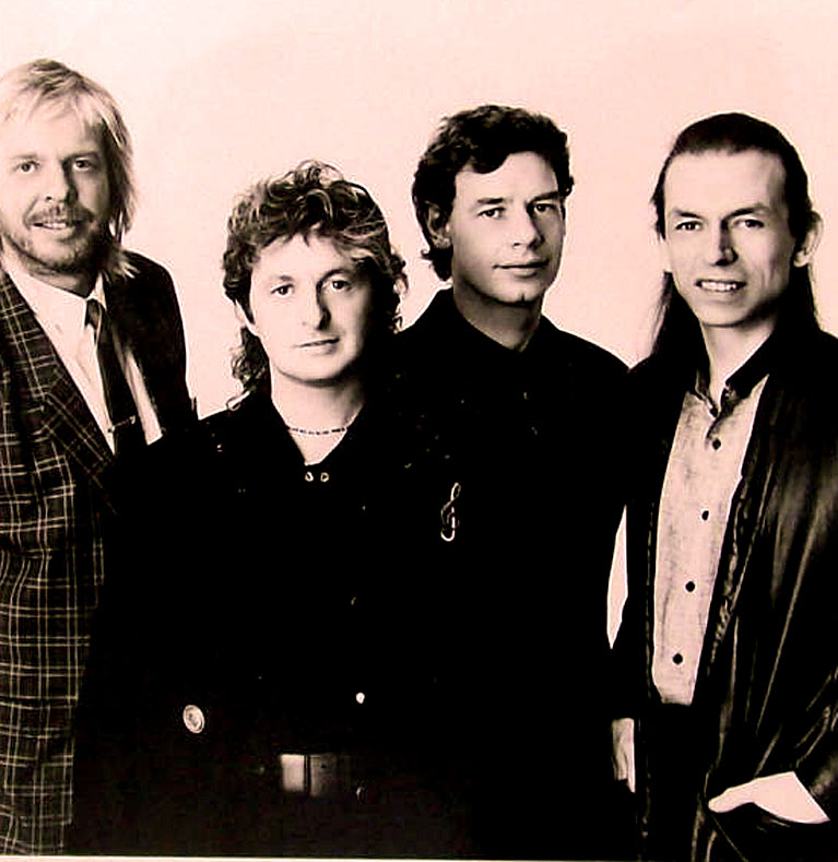 Anderson, Bruford, Wakeman And Howe – In Concert – 1989 – Nights At The Roundtable: Mini-Concert Edition