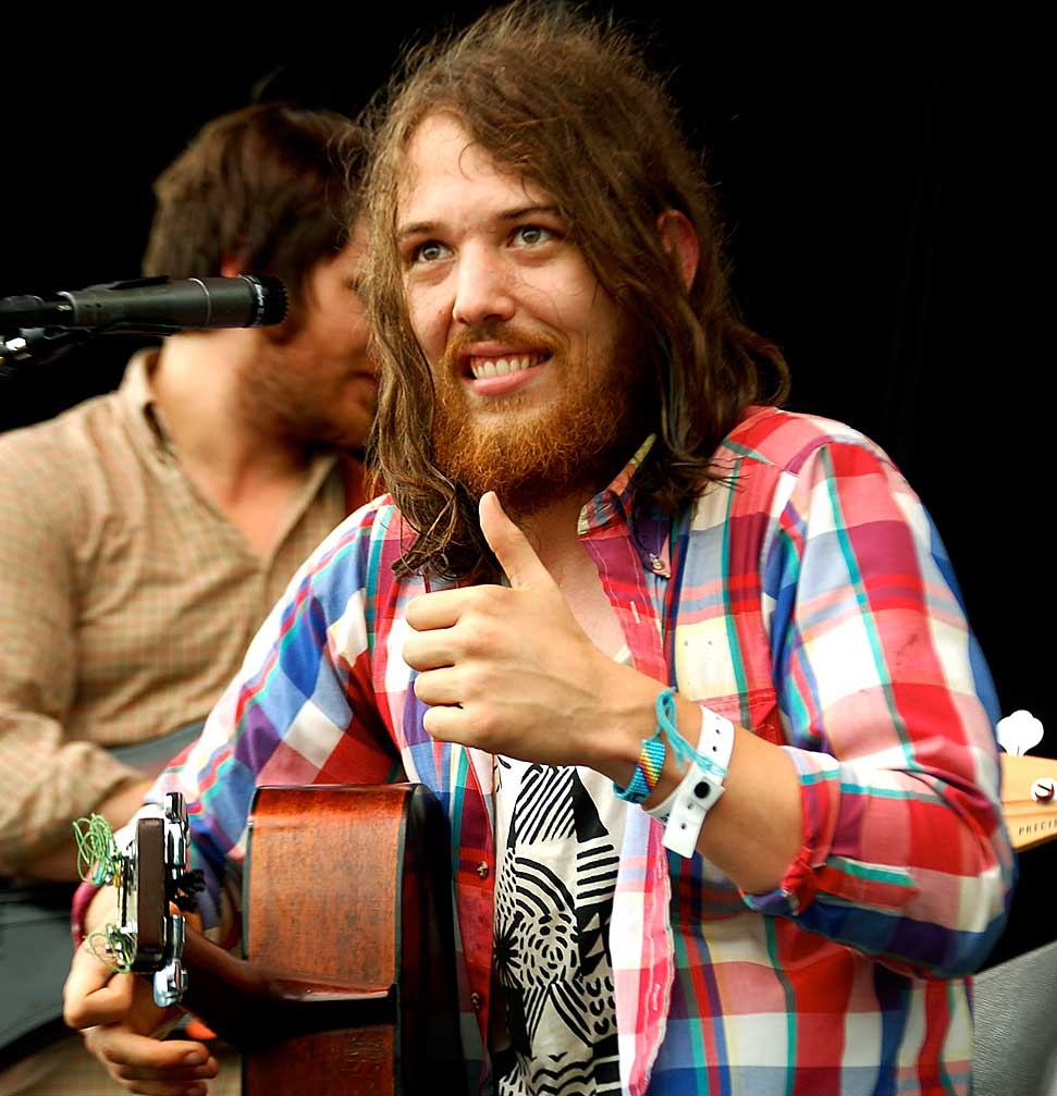 Fleet Foxes – Live At Rockpalast Festival – 2008 – Nights At The Roundtable
