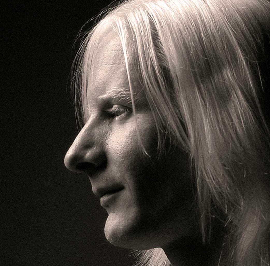 Johnny Winter (1944-2014) – In Concert From Chicago – 1970 – Nights At The Roundtable: Tribute Edition