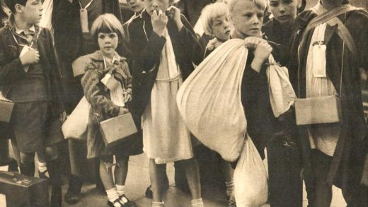 War of Nerves - Children evacuating London