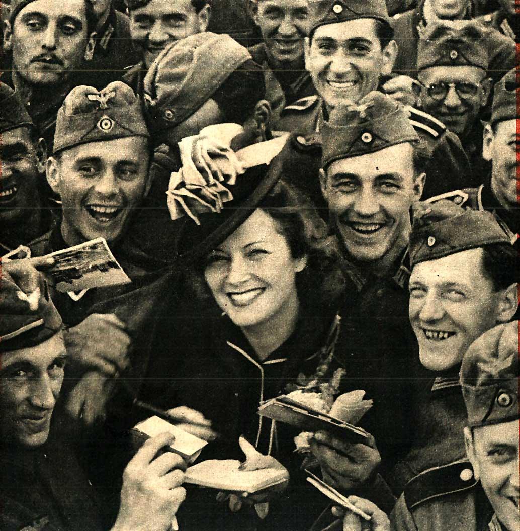 A Wehrmacht In Paris – August 6, 1940