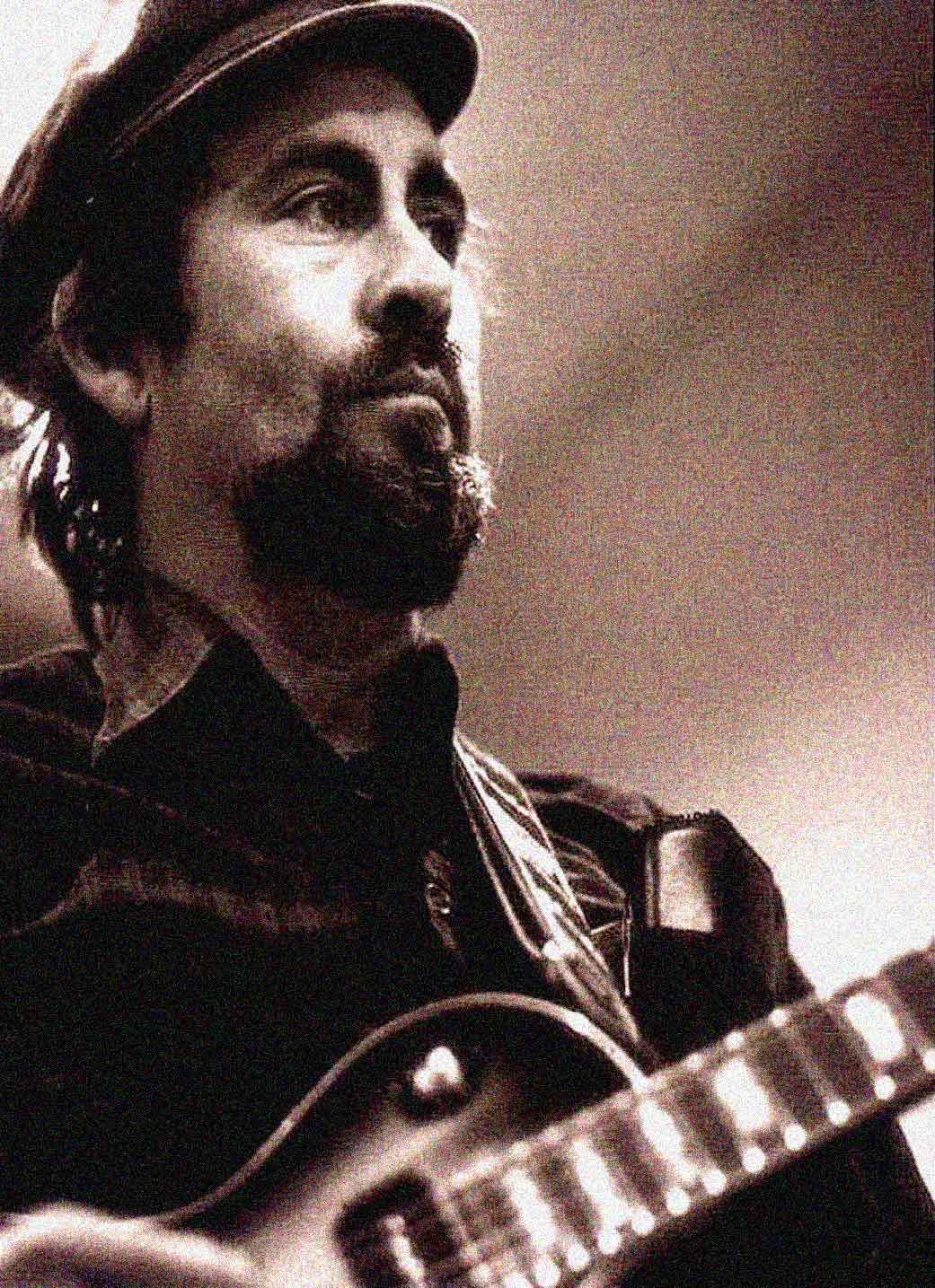 Roy Buchanan – In Concert At The Agora Ballroom, Cleveland – 1973 – Happy Birthday Roy Buchanan – Nights At The Roundtable: Concert Edition