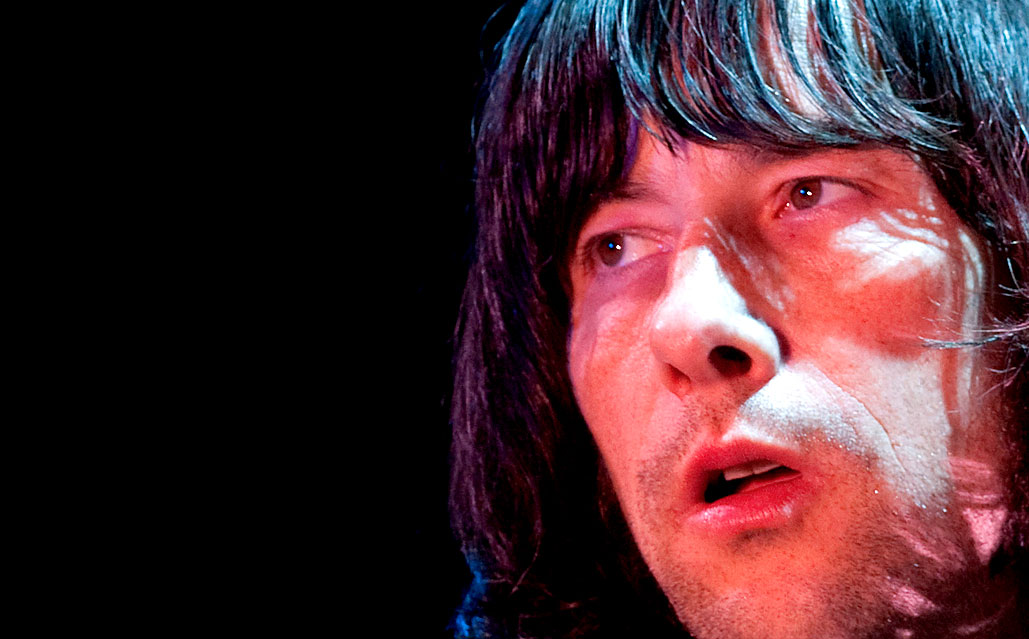 Primal Scream – Live At The Olympia, London 2010 – Past Daily Backstage Weekend