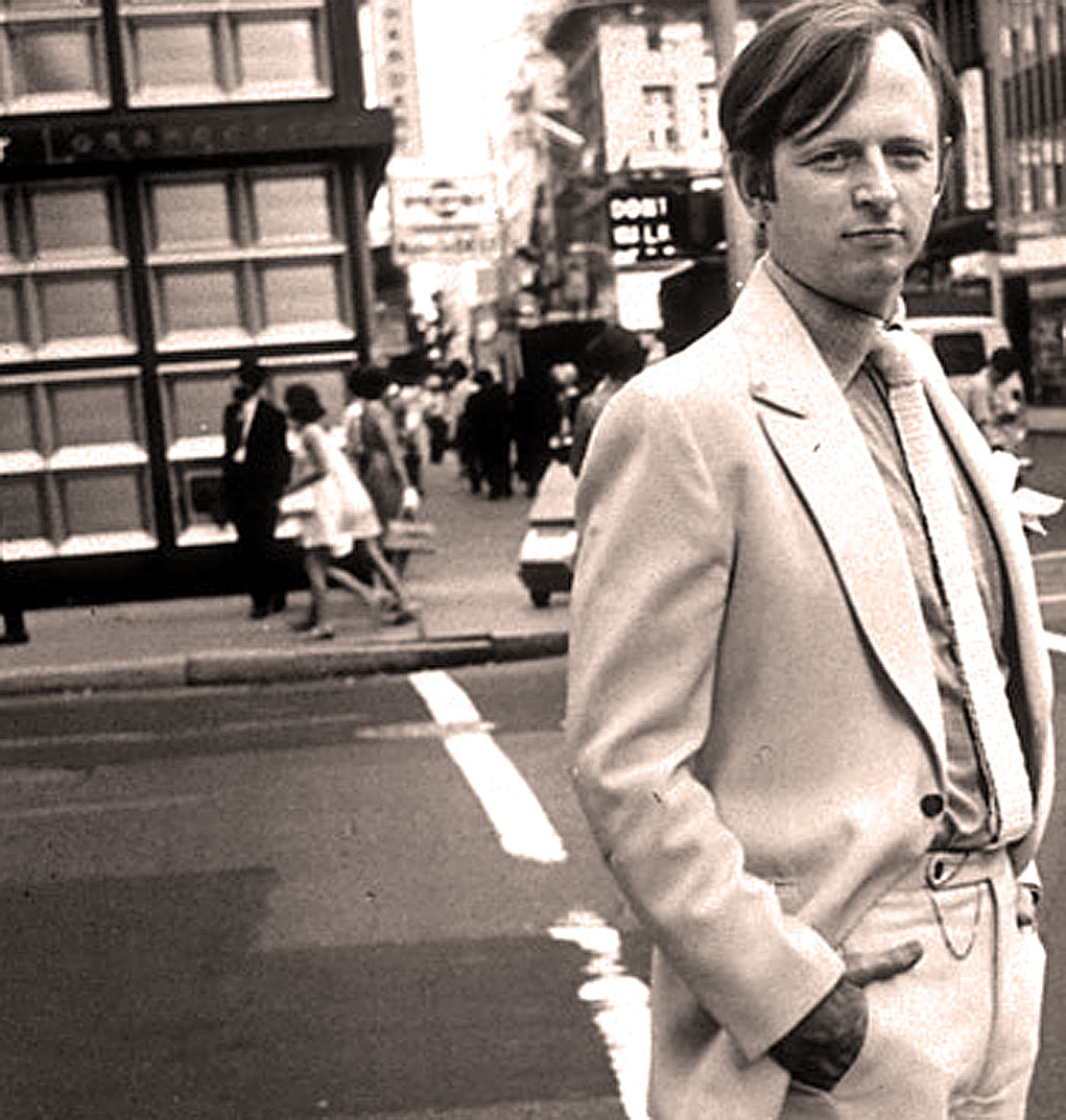 Talking With Tom Wolfe – 1977 – Weekend Gallimaufry