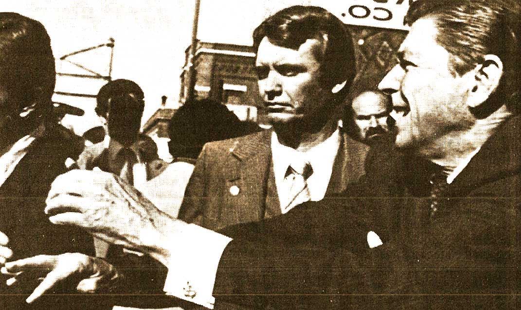 Regan Campaigning