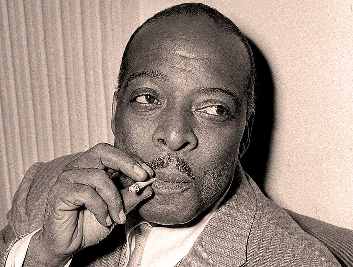 Count Basie – Live At Birdland 1952 – Past Daily Downbeat