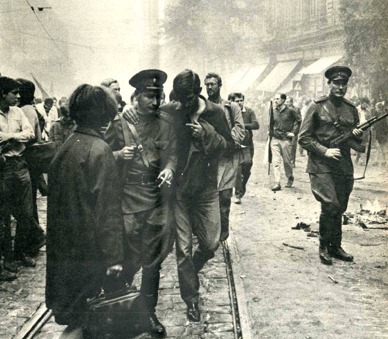 August 1968 – Prague: Days Of Bricks, Teargas And Tanks
