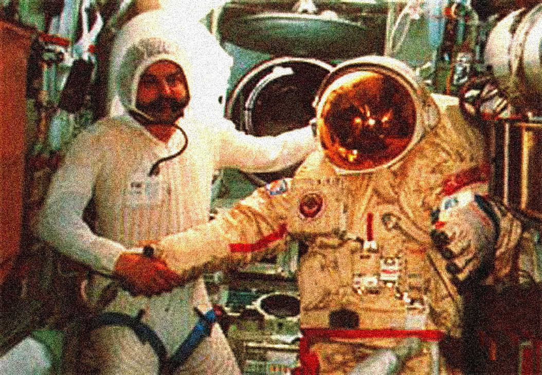 December 21, 1988 – A Year In Space