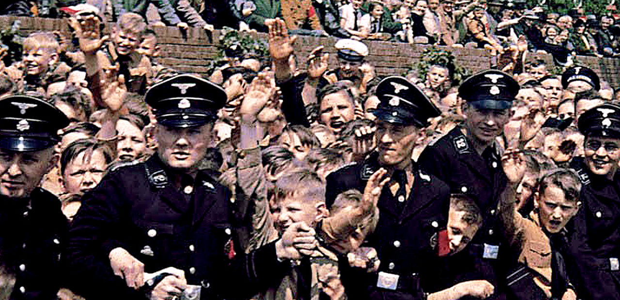 Hitler Address Crowds 1939