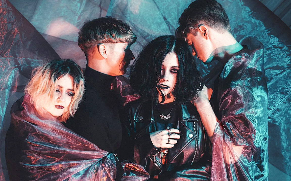 Pale Waves In Session – 2017 – Past Daily Soundbooth