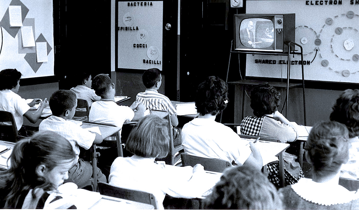 Schools Of The Future – TV In Classroom 1957 – Past Daily Reference Room