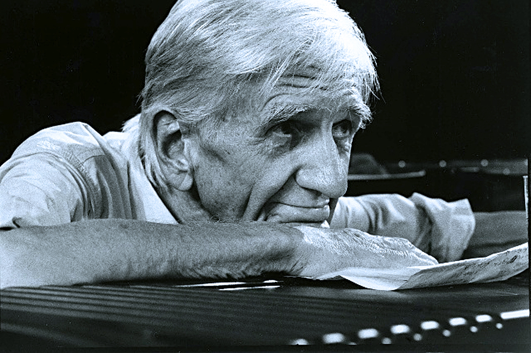 Gil Evans Orchestra Live In Paris – 1976 – Past Daily Downbeat