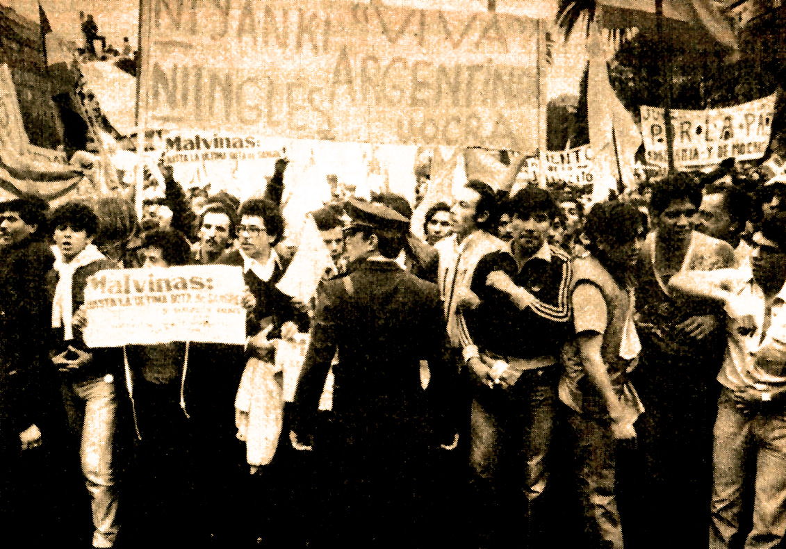 May 8, 1982 – Falklands Crisis: Heading For A Showdown – Hoping For A Solution