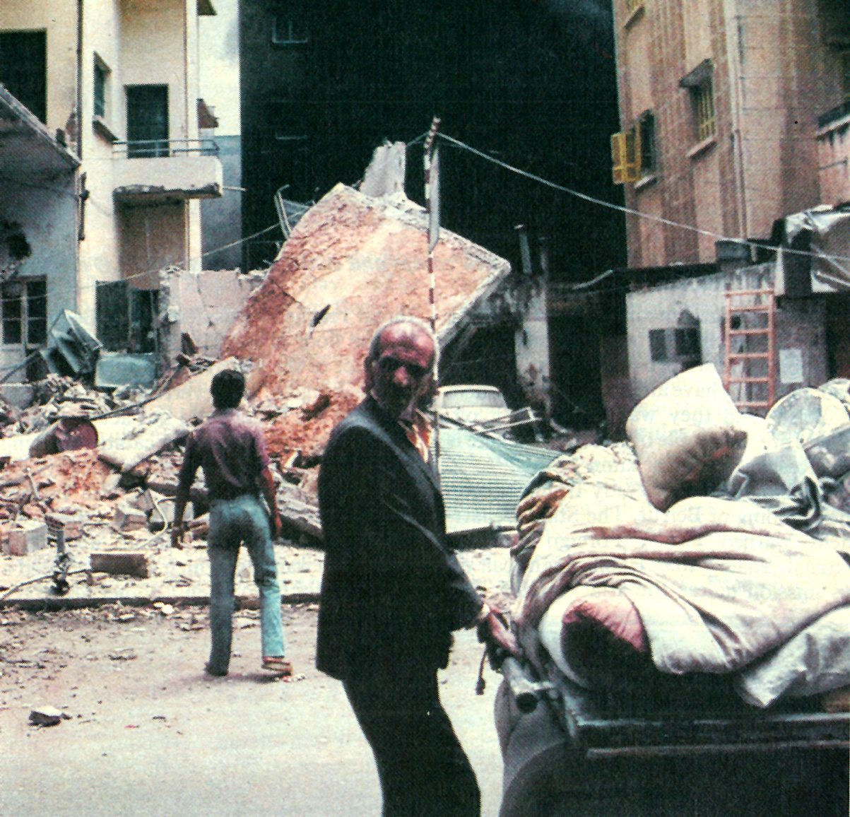 July 31, 1982 – Grief Roams A Highway Outside Paris – Black Skies Over Beirut – Iraqis Claim Victory