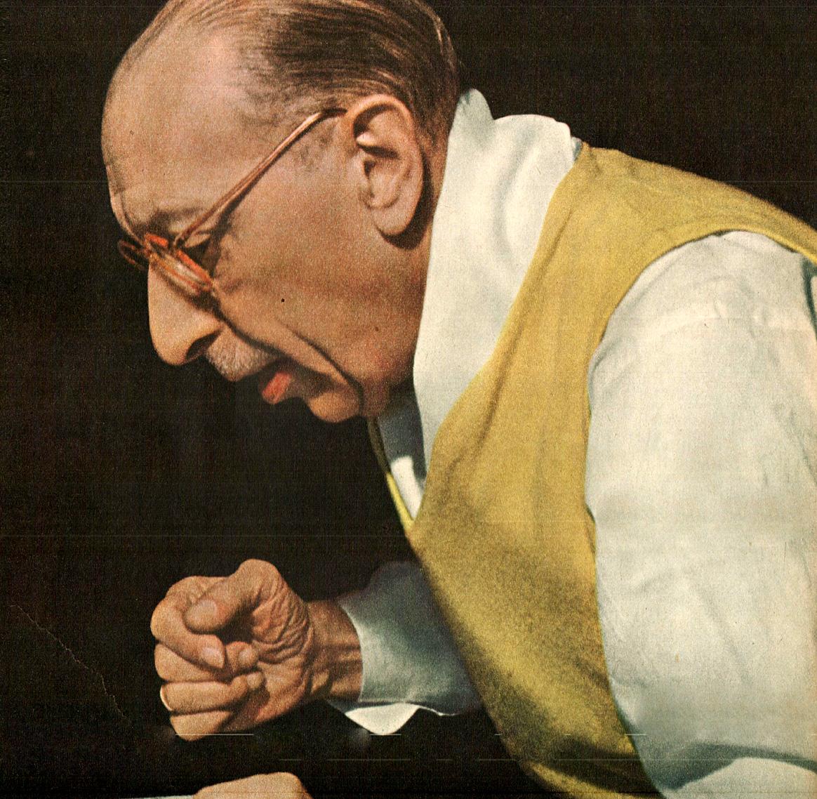 Igor Stravinsky Rehearses The Boston Symphony – 1949 – Past Daily Weekend Gramophone