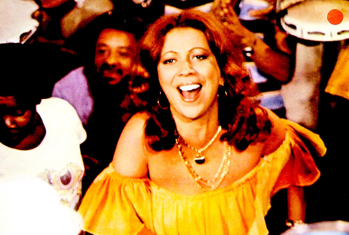 Beth Carvalho In Concert From São Paulo – 1993 – Past Daily Soundbooth Tribute – Beth Carvalho (1946-2019)