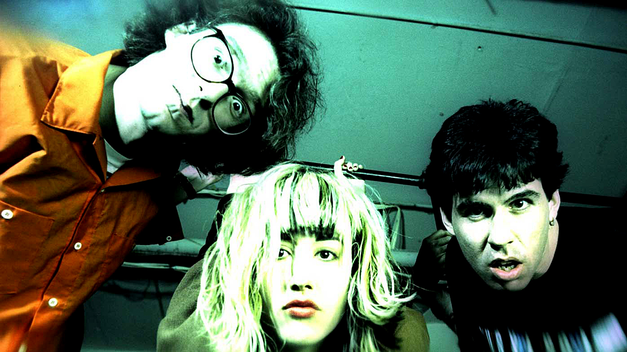 The Muffs – Live At Oddfellows Hall – 2015 – Past Daily Soundbooth: Tribute Edition (Kim Shattuck – 1963-2019)