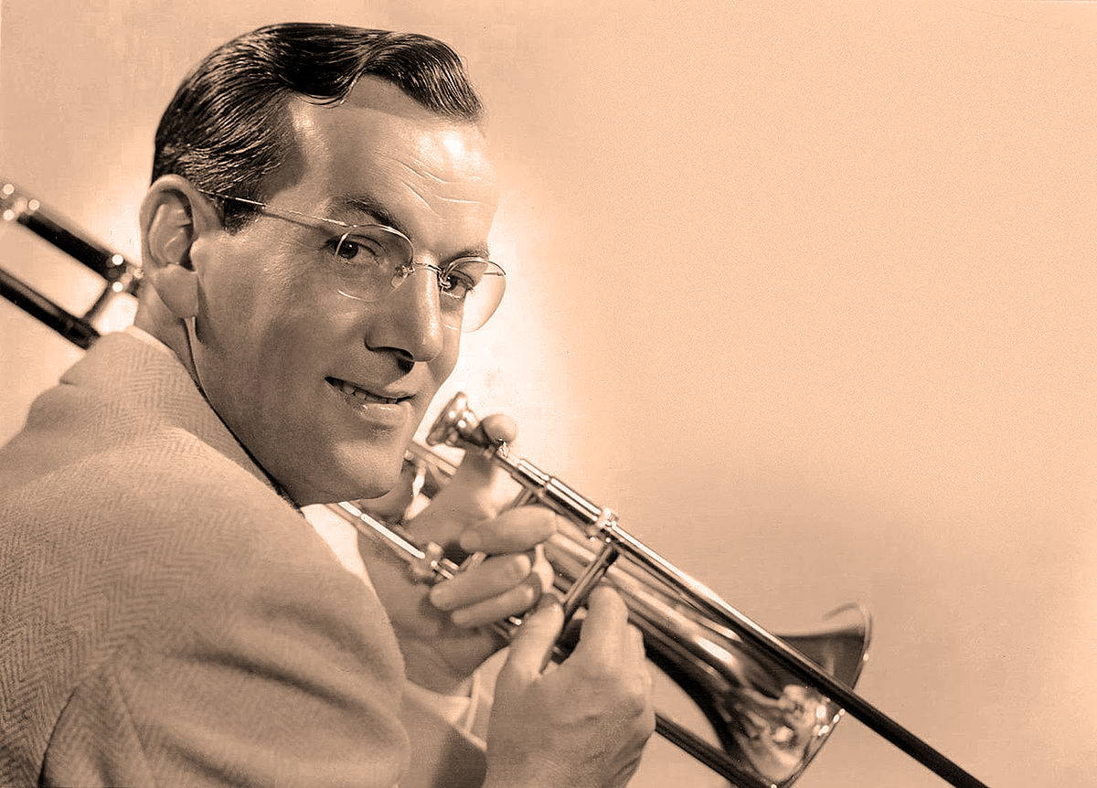 Glenn Miller And His Orchestra – On The Air – 1940 – Past Daily Downbeat