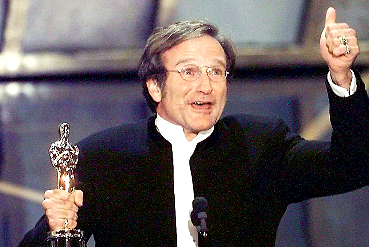 Robin Williams - Oscar for Good Will Hunting