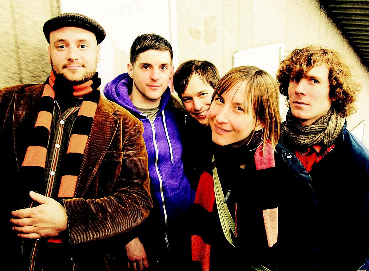 The Ladybug Transistor - live in Spain - 2004
