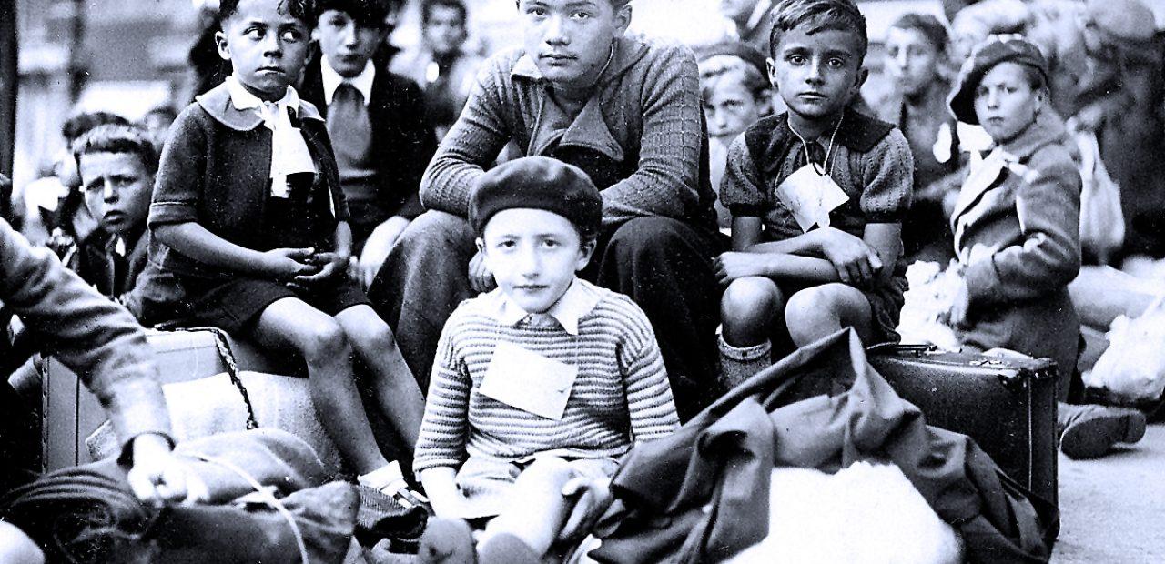 Children of the besieged.