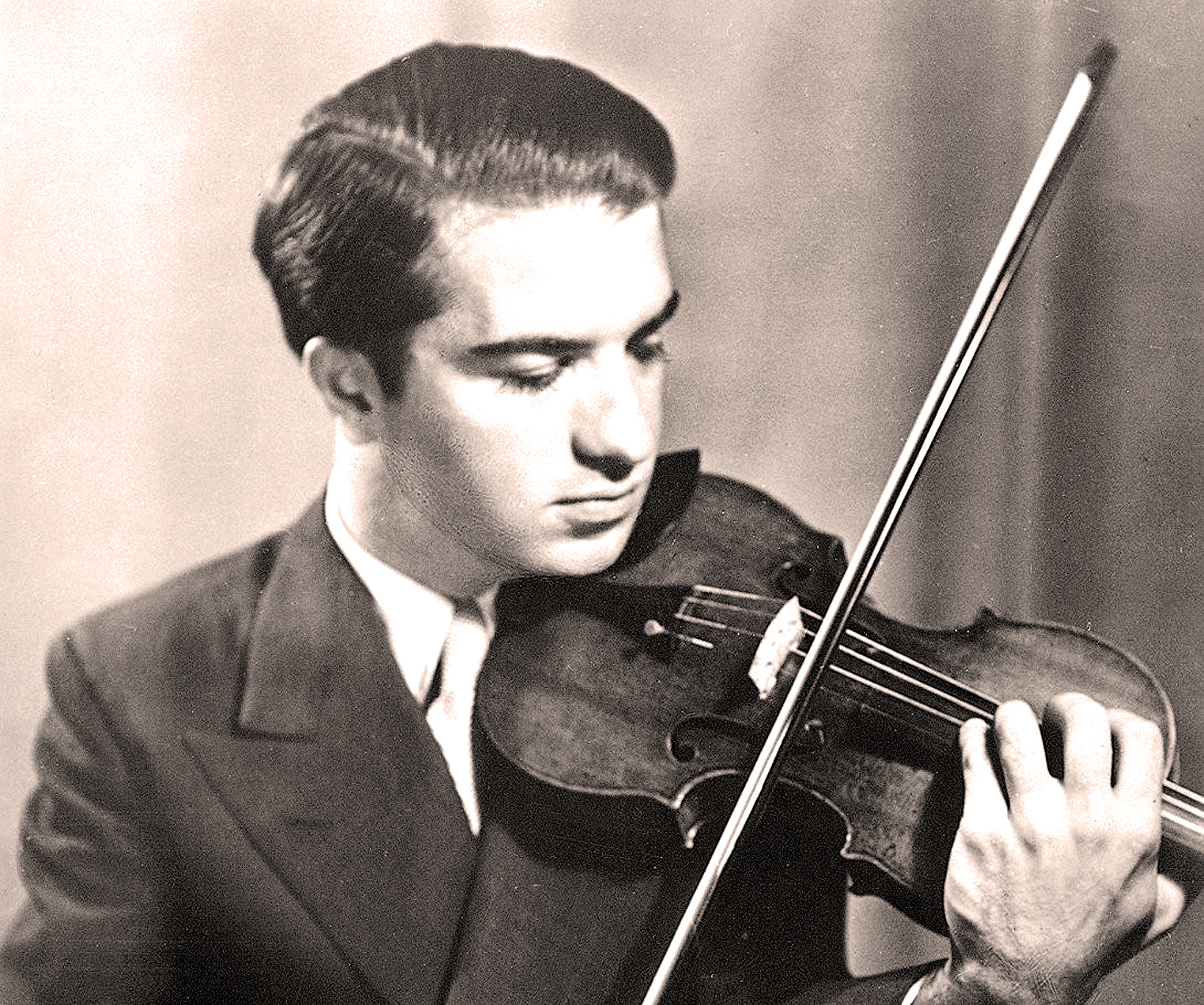 Ruggiero Ricci with Bronislaw Gimpel in concert