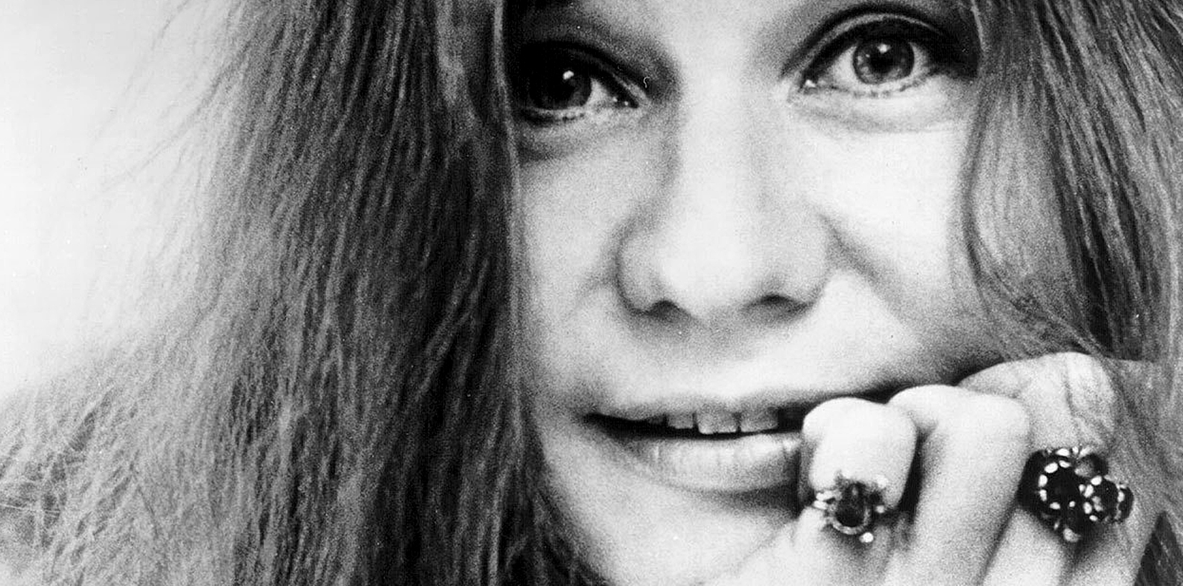 Janis Joplin And The Full-Tilt Boogie Band – Live In Honolulu – 1970 – Past Daily Backstage Pass – (Janis Joplin: January 19, 1943 – October 4, 1970)